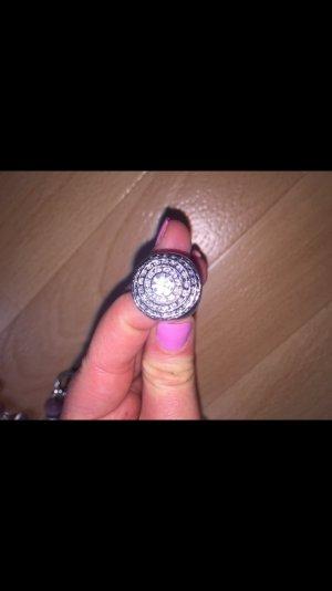 Wunderschöner Ring ** Neu**
