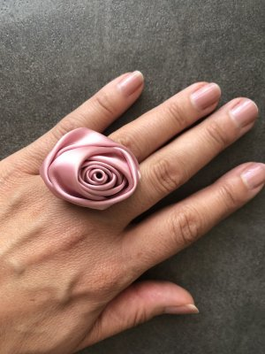 Statement Ring pink