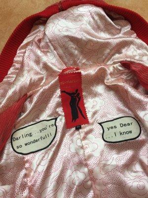 Wunderschöner Roter Mantel cordoptik