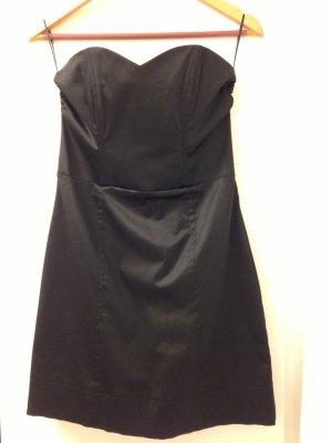 Wunderschöner Satin Kleid
