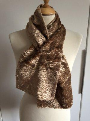 Wunderschöner Schal