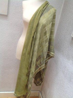 Wunderschöner Schal von Marc Cain