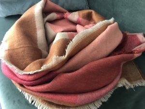 Wunderschöner Schal von Zara