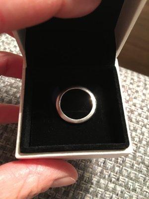Wunderschöner schlichter Ring der Marke Pierre Lang