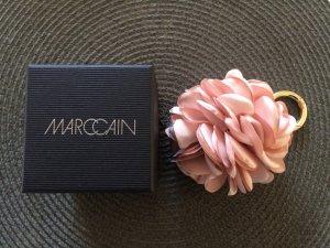 Wunderschöner Schlüssel oder Taschenanhänger von Marc Cain in Rosenoptik