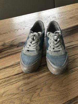 Wunderschöner Schuh