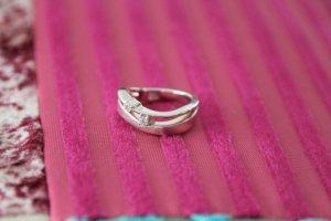 Wunderschöner Silber-Ring mit 2 Brillis - filligran gearbeitet