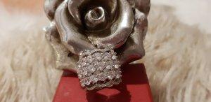 Wunderschöner Sterling -Ring aus 925er Silber mit weißen Zirkonia...NEU!!!