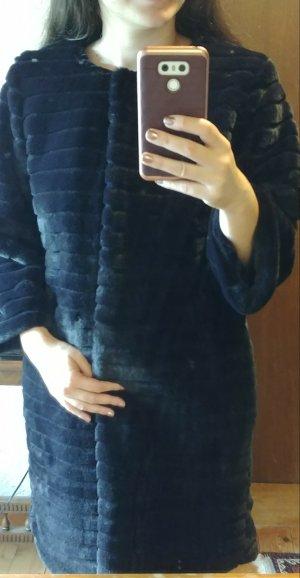 Wunderschöner und weicher Fake Fur Mantel
