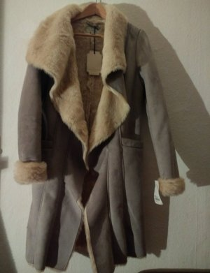 Vintage Boutique Collection Abrigo de piel sintética gris claro-blanco puro