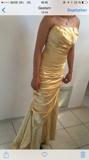 Dress gold-colored