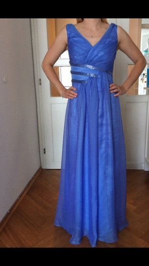 Wunderschönes Abendkleid in hellblau von Vera Mont