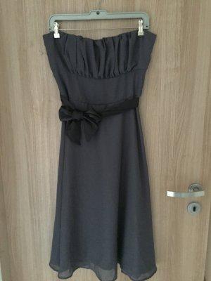 Wunderschönes Abendkleid, komplett neu, Marke Jela London, Größe M