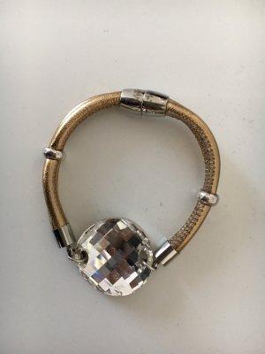 Wunderschönes Armband von Impressionen