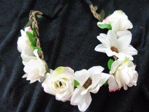 Ribbon natural white-pink textile fiber