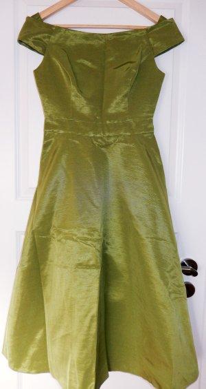 Wunderschönes Brautjungfernkleid von Phase Eight in Spring Green, Ballkleid