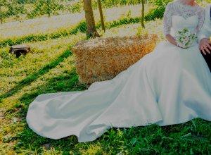 wunderschönes Brautkleid aus spitze - Toricela PRONOVIAS - Erlös wird gespendet