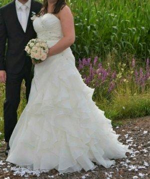 Wunderschönes Brautkleid mit Schnürung