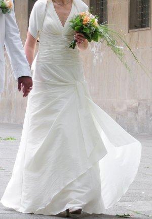 Wunderschönes Brautkleid mit Stola von unique in Größe XS