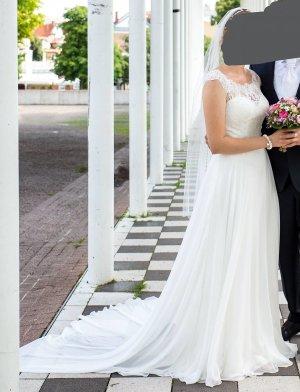 Wunderschönes Brautkleid von Stella York