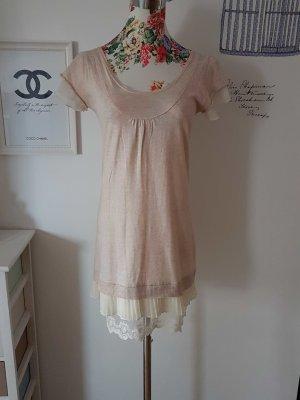 Wunderschönes cremefarbenes Kleid