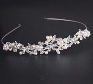 Wunderschönes Diadem mit Perlen