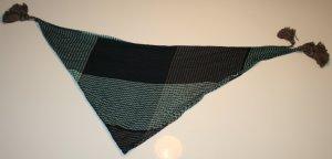 Wunderschönes Dreieckstuch in Türkis und verschiedenen Blautönen von S.Oliver