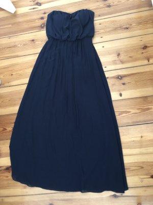 Wunderschönes dunkelblaues Kleid