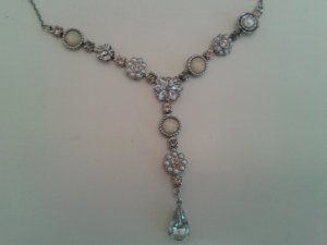 wunderschönes edles Schmuckset Statement Kette Halskette Armband und Ohringe