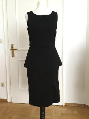 Wunderschönes, elegantes und dennoch sexy Kleid von Pennyblack