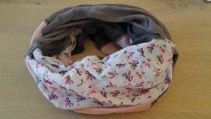 Wunderschönes Esprit Tuch
