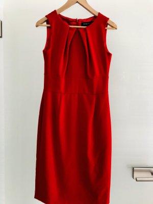 Ashley Brooke Vestido ceñido de tubo rojo ladrillo