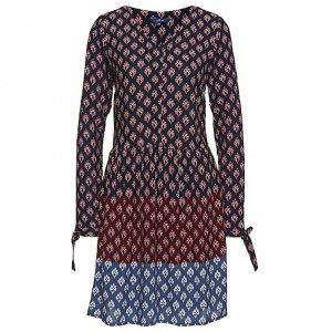 Wunderschönes gemustertes Kleid
