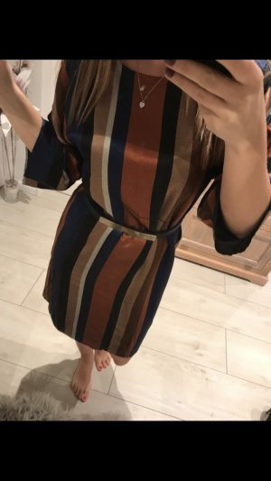 Wunderschönes Kleid Hallhuber