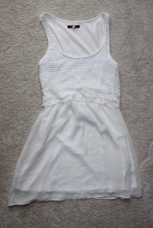 Wunderschönes Kleid in weiß
