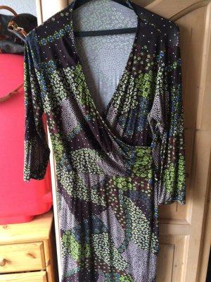 Wunderschönes Kleid in Wickeloptik
