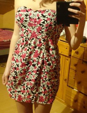 Wunderschönes Kleid mit Blumenprint
