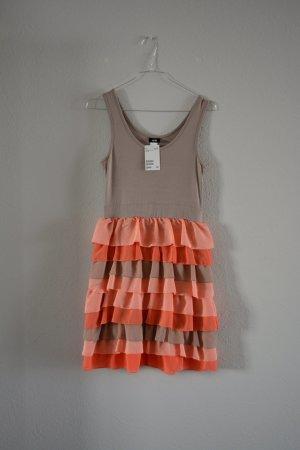 Wunderschönes Kleid mit Rüschen von H&M Nude Rosa Beige