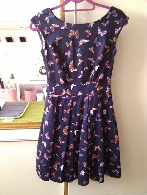 Wunderschönes Kleid mit Schnetterlingsdruck von Closet - wie neu