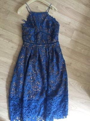 Wunderschönes Kleid mit toller spitze