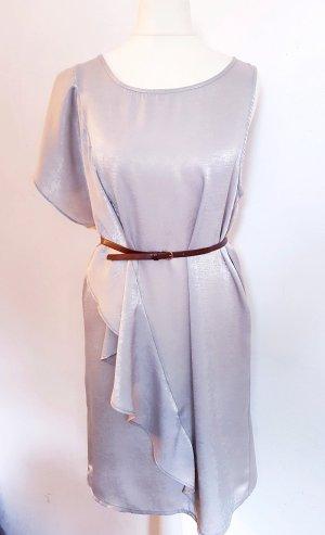 Wunderschönes Kleid seidenweich grau volants Minimum Gr. S XS