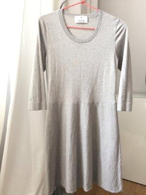 Wunderschönes Kleid Strickkleid von Allude Kaschmir, Cashmere Gr. 34/XS Farbe taupe