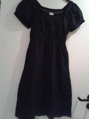 wunderschönes Kleid / süßes Kleidchen von ESPRIT / schwarz /besonderer Stickerei