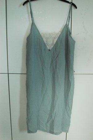 wunderschönes Kleid von ASOS mit Etikett Größe 42 mit Spitze
