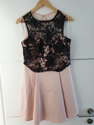 Wunderschönes Kleid von Lipsy London