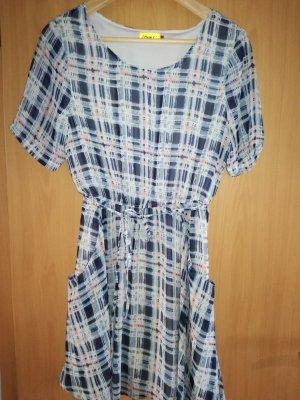 Wunderschönes Kleid von Max C