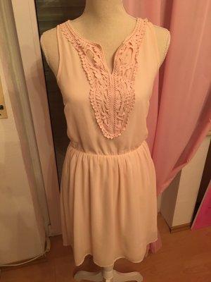 Wunderschönes Kleid von Only....