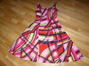 Wunderschönes Kleid von Piu & Piu in Midilänge