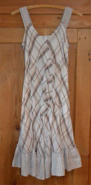 Wunderschönes Kleid von SCHUMACHER