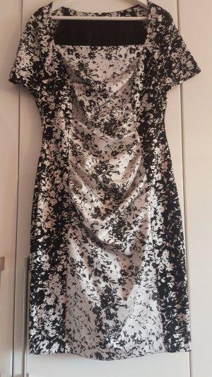 Wunderschönes Kleid von Talbot Runhof